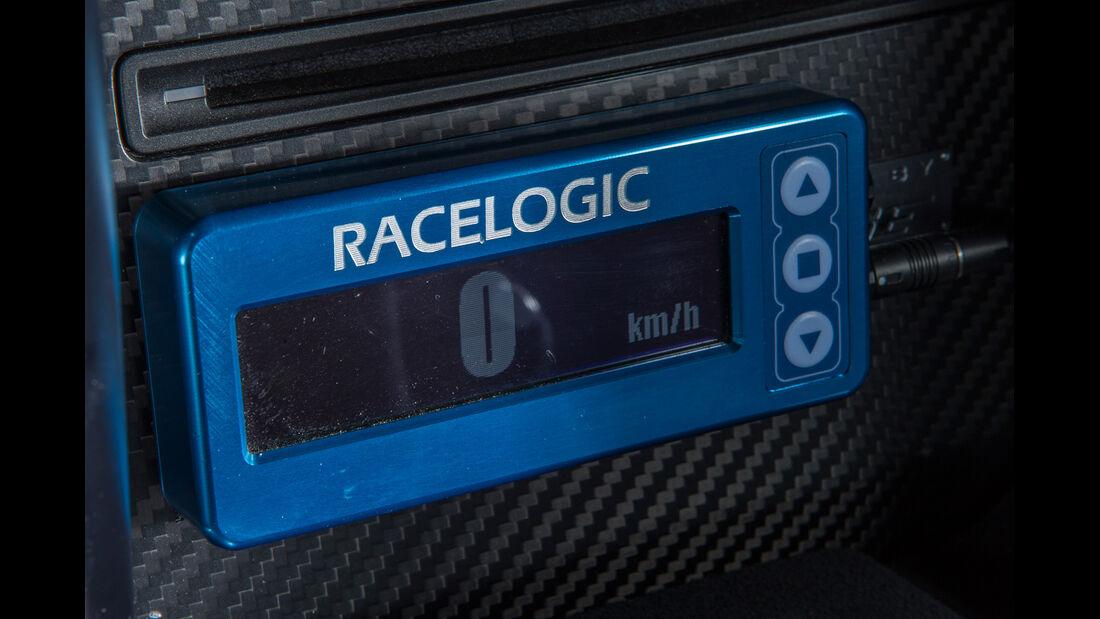 Importracing Nissan GT-R, Bedienelement, Racelogic