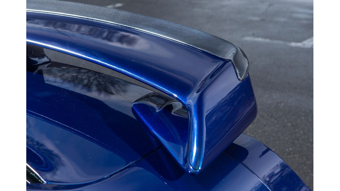 Importracing Nissan GT-R, Heckspoiler