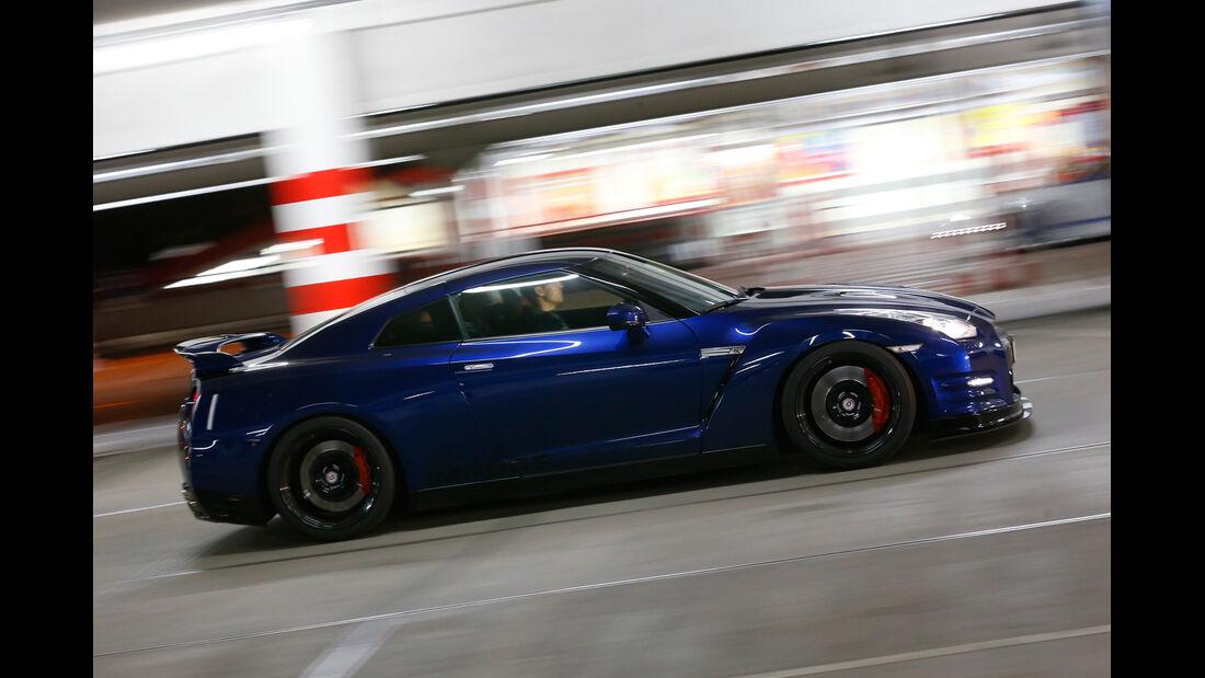 Importracing-Nissan GT-R, Seitenansicht
