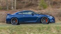 Importracing Nissan GT-R, Seitenansicht