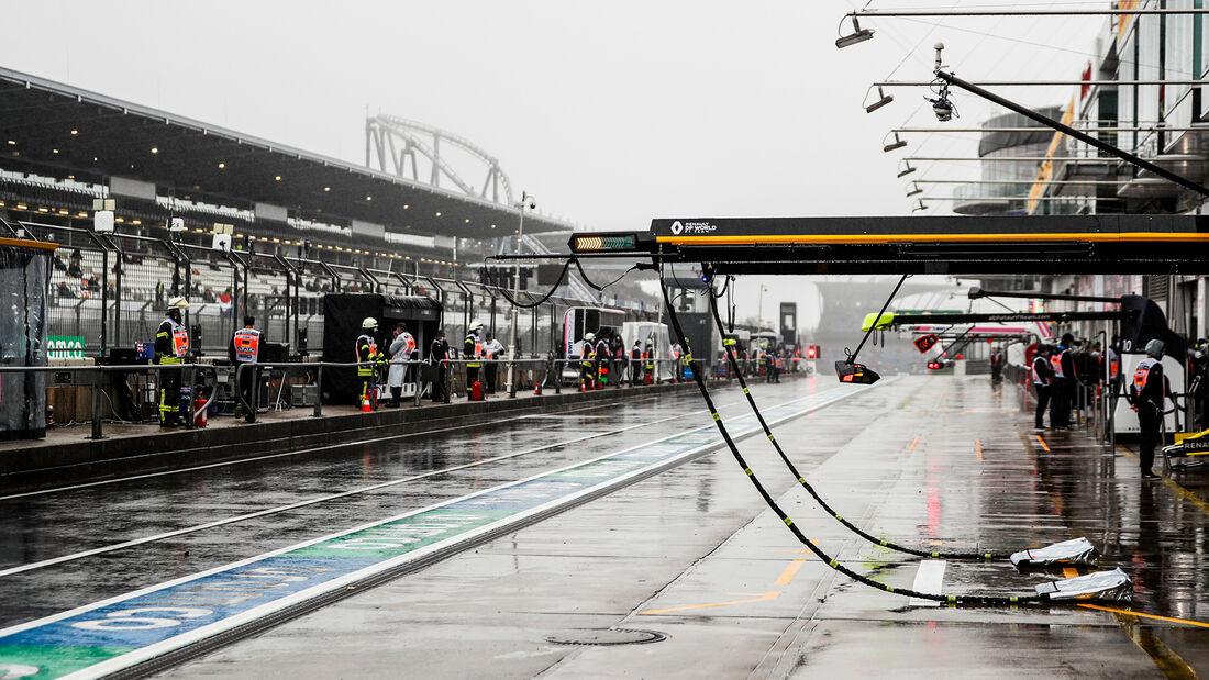 [Imagen: Impressionen-Formel-1-GP-Eifel-Nuerburgr...731419.jpg]