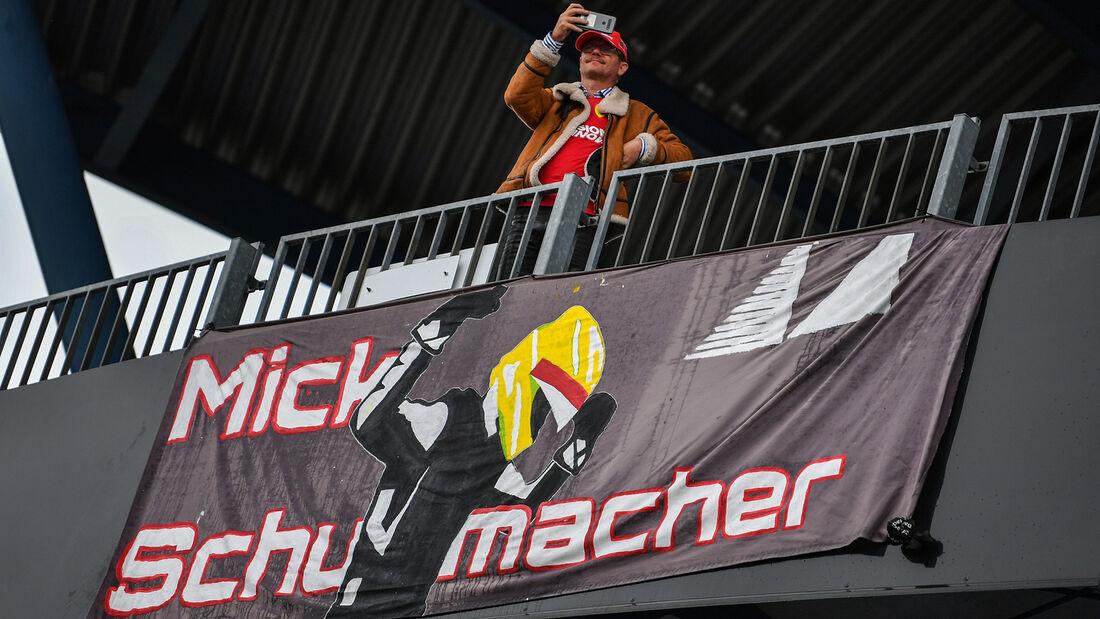 [Imagen: Impressionen-Formel-1-GP-Eifel-Nuerburgr...731414.jpg]