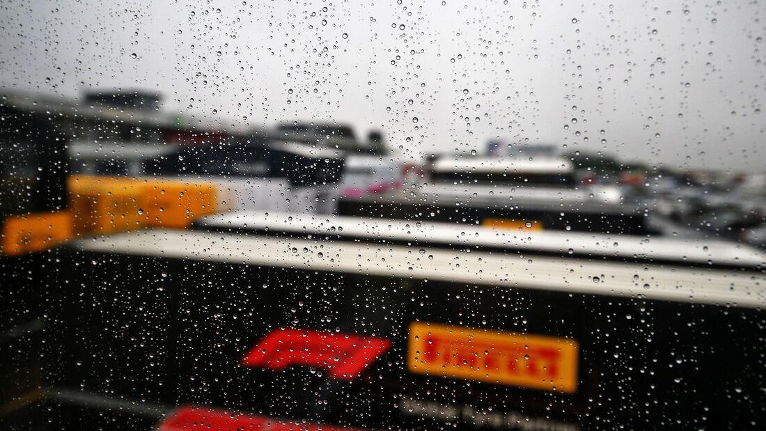 [Imagen: Impressionen-Formel-1-GP-Eifel-Nuerburgr...731426.jpg]