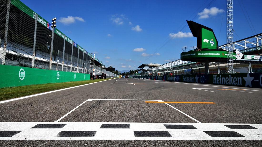 [Imagen: Impressionen-Formel-1-GP-Italien-Monza-D...720268.jpg]