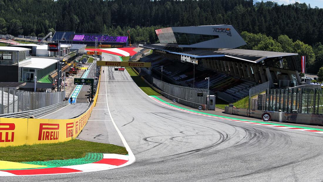 [Imagen: Impressionen-Formel-1-GP-Oesterreich-Ste...705279.jpg]