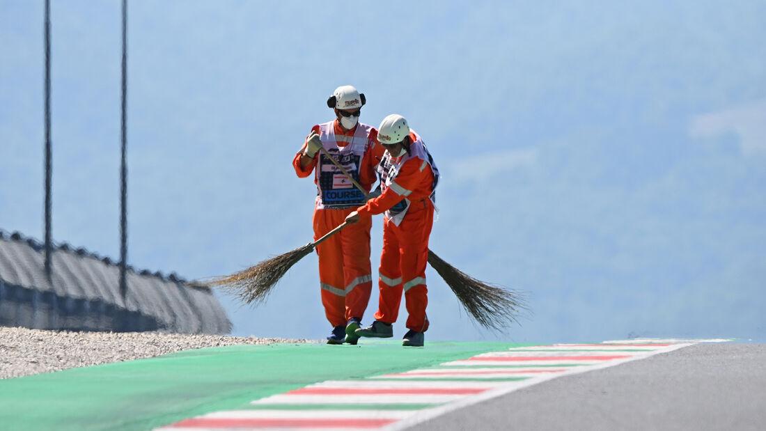 [Imagen: Impressionen-Formel-1-GP-Toskana-Mugello...722670.jpg]
