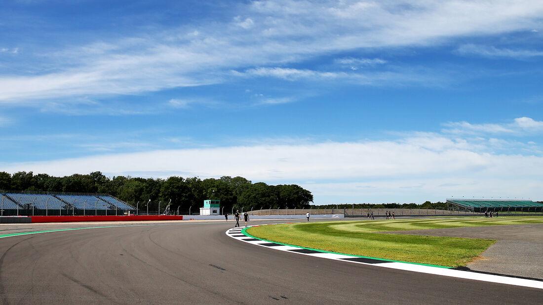 [Imagen: Impressionen-GP-England-Silverstone-30-J...710839.jpg]