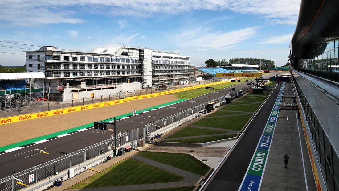 [Imagen: Impressionen-GP-England-Silverstone-30-J...710830.jpg]