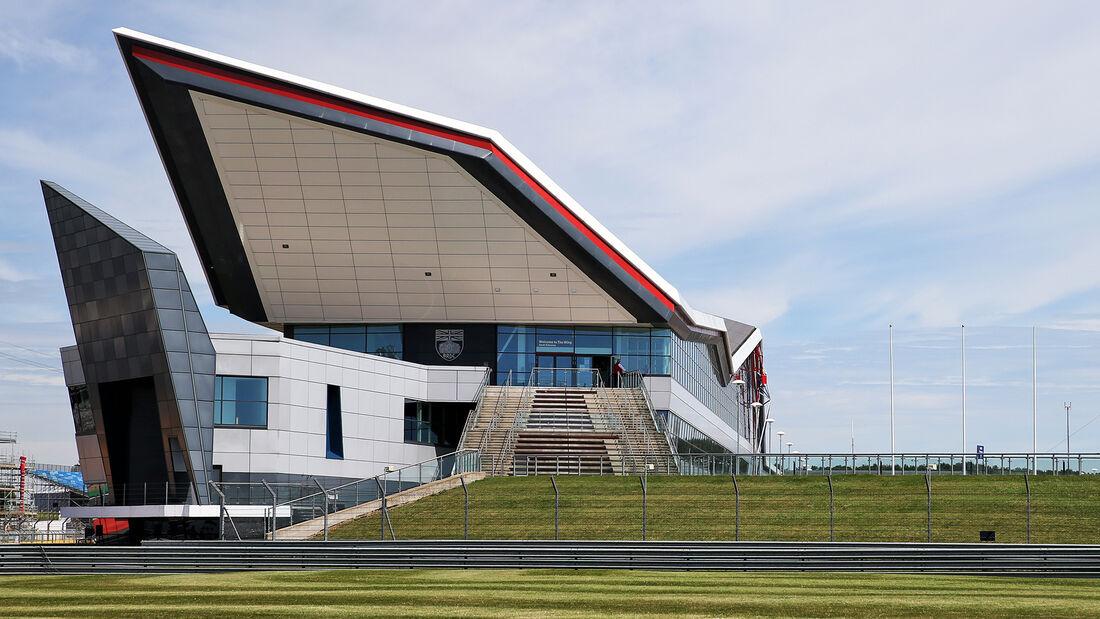 [Imagen: Impressionen-GP-England-Silverstone-30-J...710828.jpg]