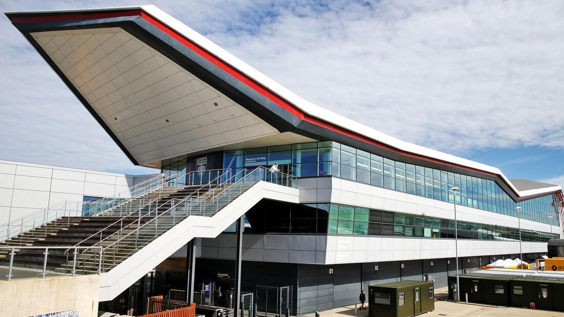 [Imagen: Impressionen-GP-England-Silverstone-30-J...710823.jpg]