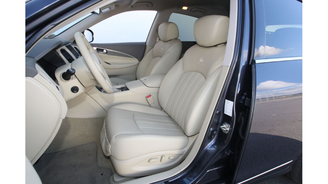 Infiniti EX30 D, Innenraum, Sitze