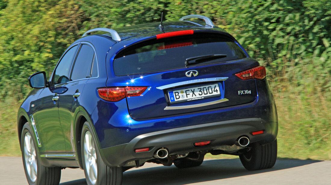 Infiniti FX30d GT Premium, Heckansicht