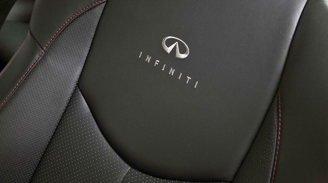 Infiniti G37, Infiniti Performance Line, Sitz