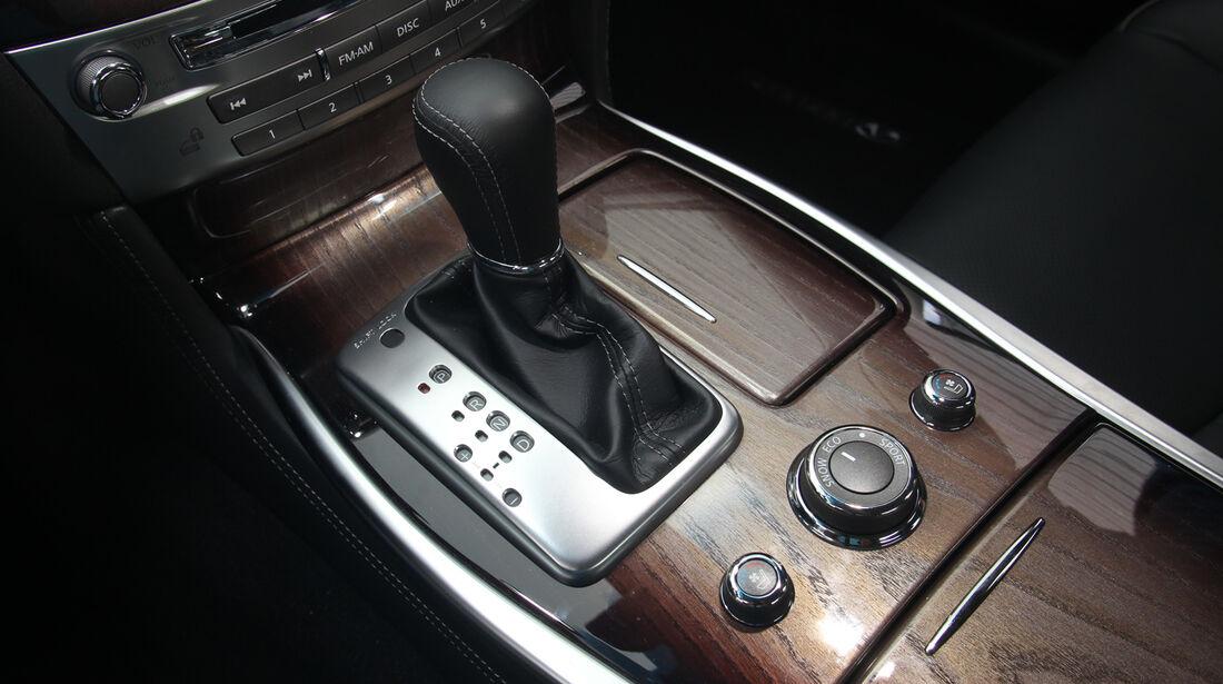 Infiniti M35h GT Premium, Schalthebel, Schaltknauf