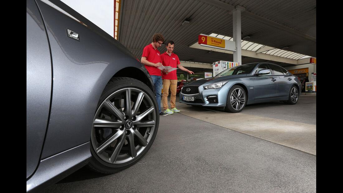Infiniti Q50 S 3.5 V6 Hybrid, Lexus GS 450h F-Sport, Testfahrt