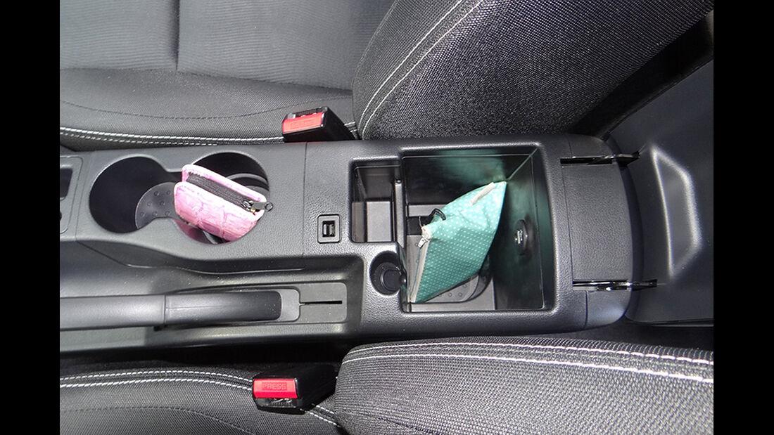 Innenraum-Check Nissan Qashqai, Ablagen, Staufächer
