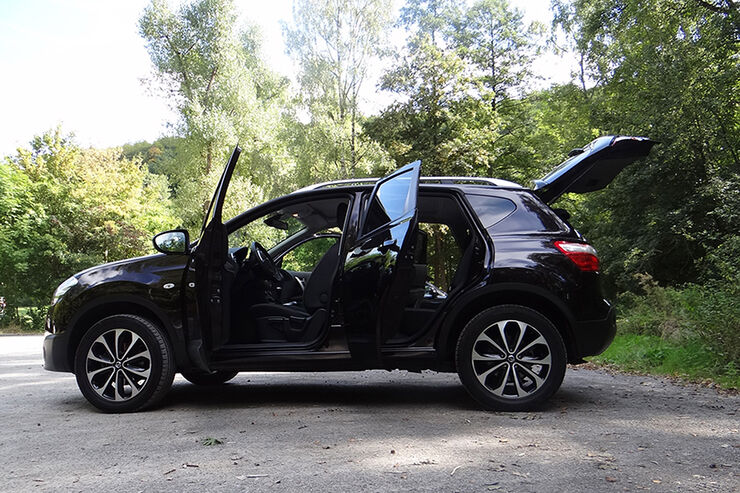 Nissan qashqai innenraum check einfach pragmatisch for Auto innenraum