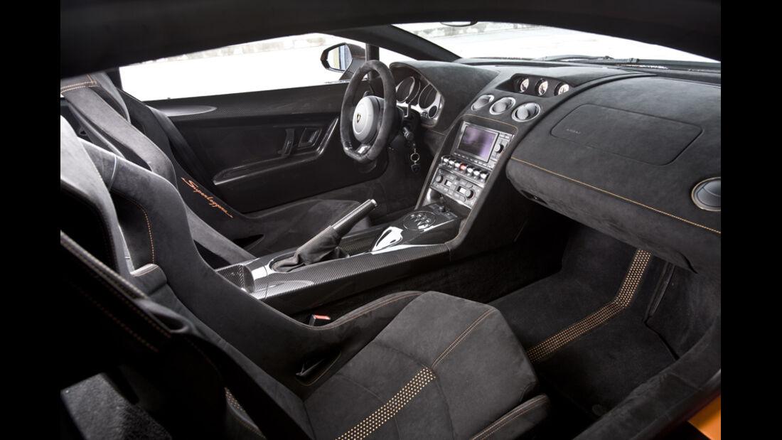 Innenraum des Lamborghini Gallardo LP 570-4 Superleggera Innenraum