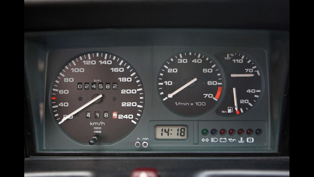 Instrumente des VW Polo G40 - Tacho, Drehzahlmesser, Temperaturanzeige
