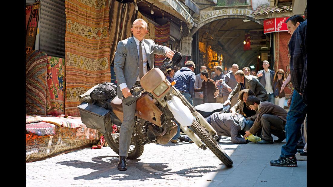 Istanbul, Motocross, Daniel Craig