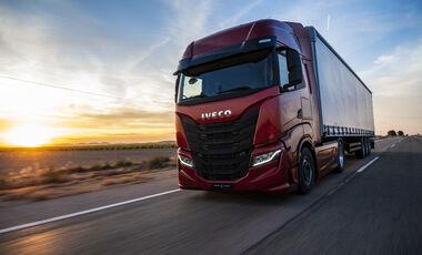 Iveco S-Way Fernverkehr-Lkw 2019