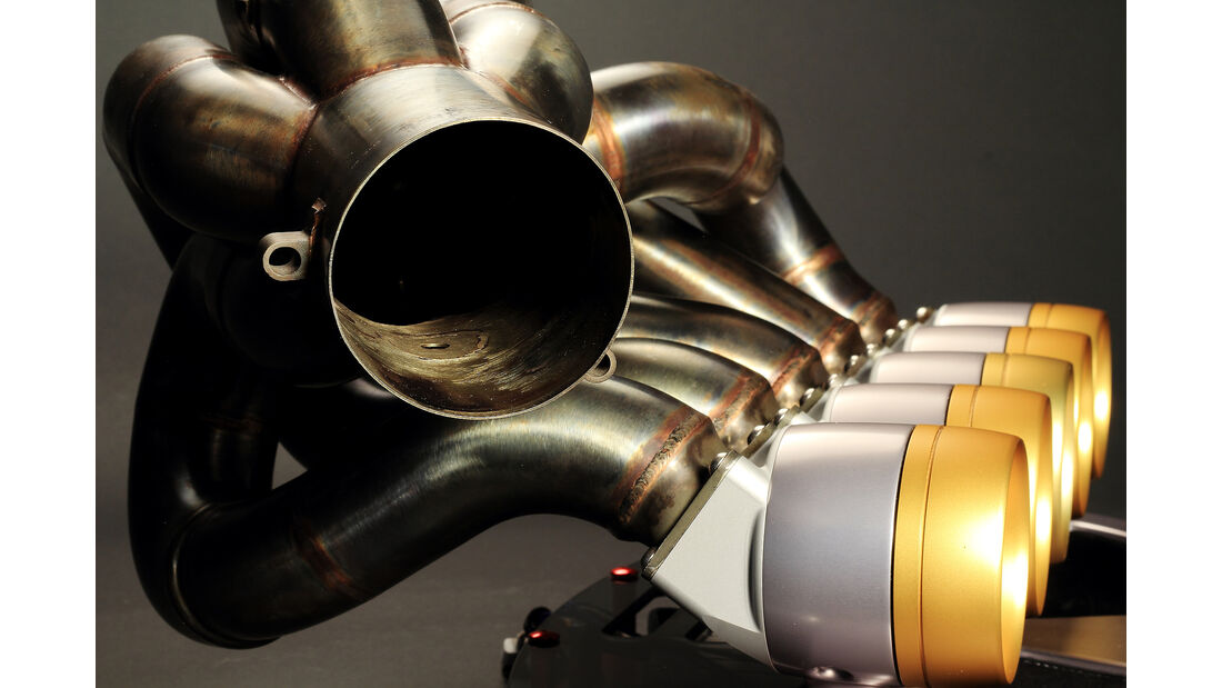 Ixoost V10 Cosworth RB1
