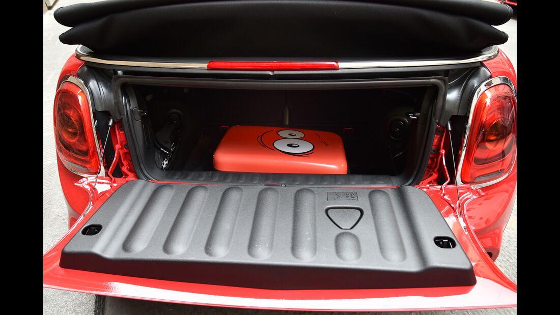 JCW Cabrio Kofferraum mit Gepäckstück