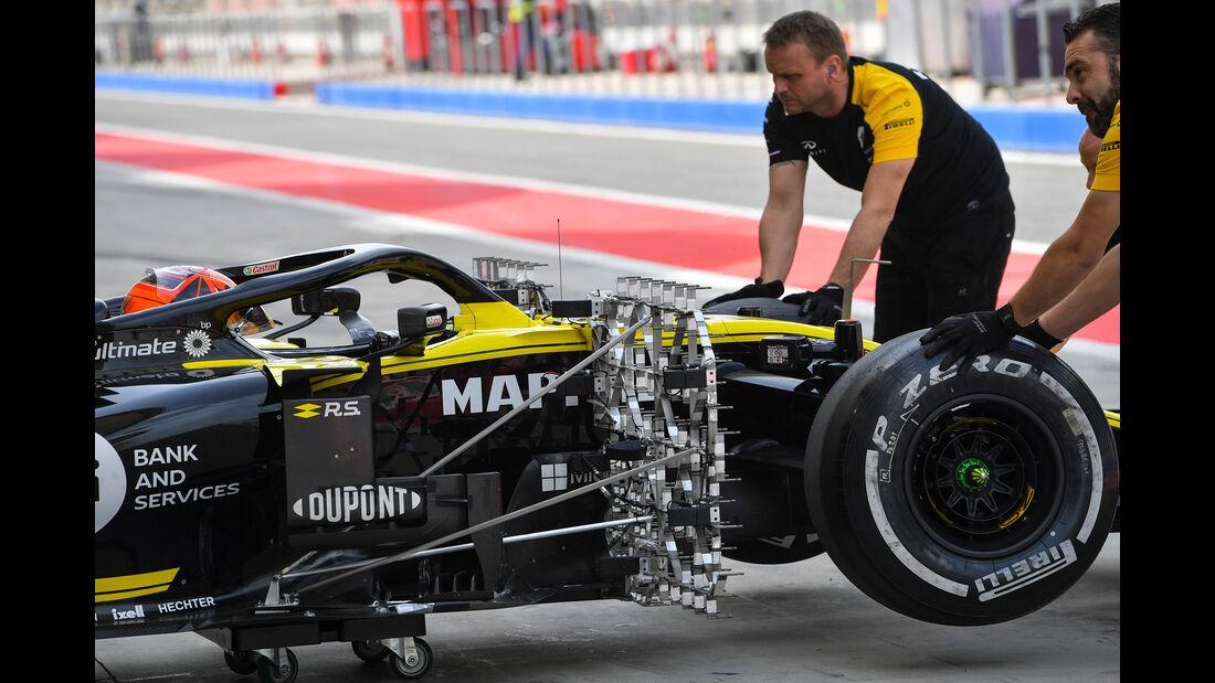 Jack Aitken - Renault - F1-Test Bahrain - 3. April 2019