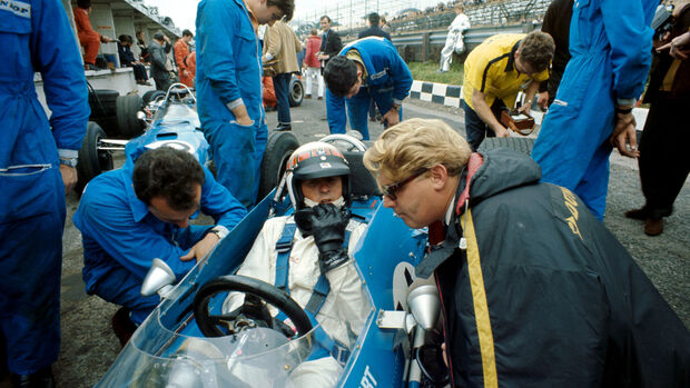 Jackie Stewart - Matra Cosworth MS10 - GP England 1968 - Brands Hatch