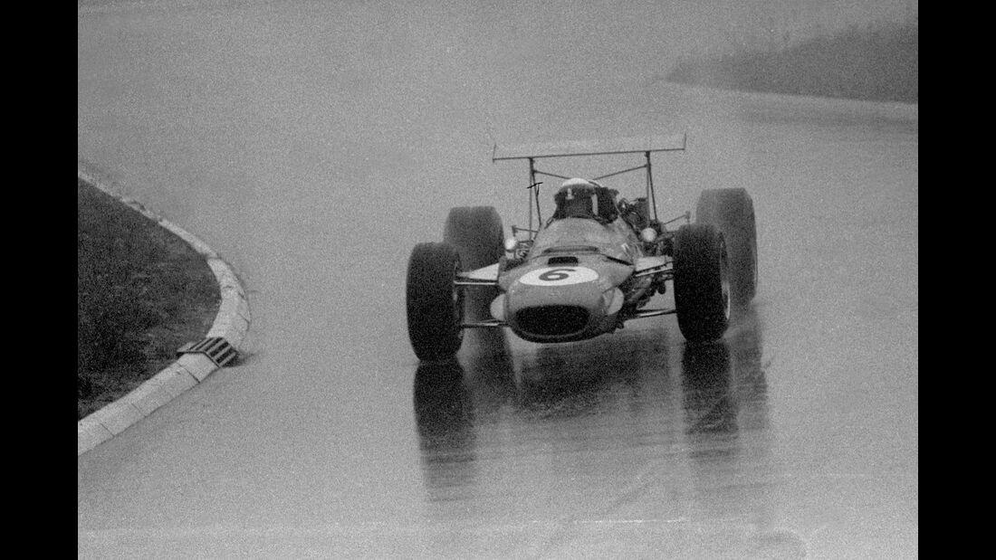 Jackie Stewart - Matra MS10 Ford V8 - Nürburgring 1968