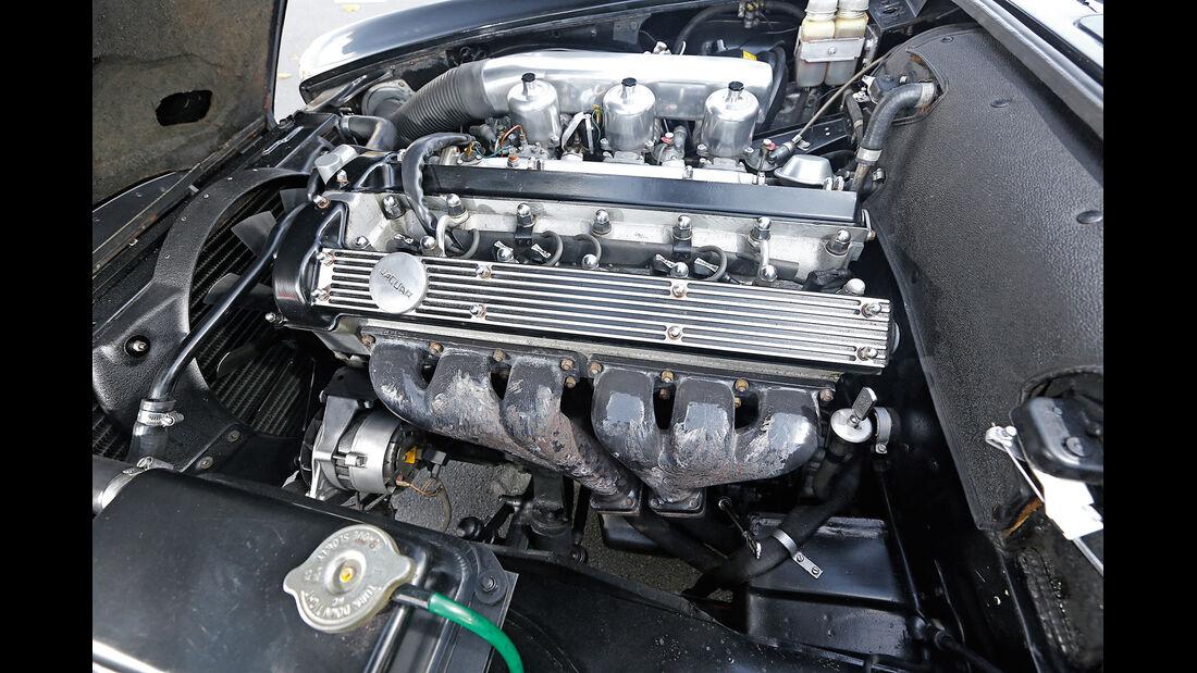 Jaguar  420 G, Motor