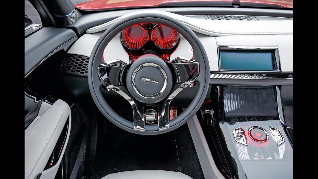 Jaguar C-X17, Cockpit, Lenkrad