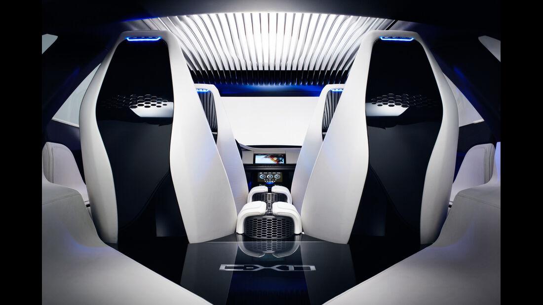 Jaguar C-X17, Sitze