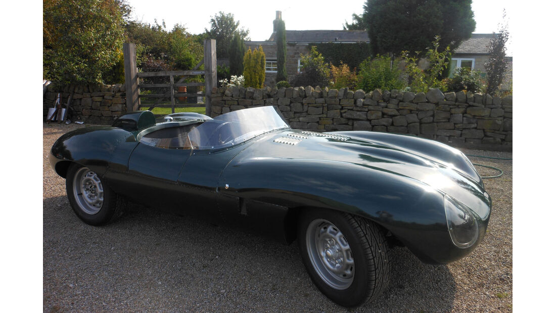 Jaguar D-Type Replica.