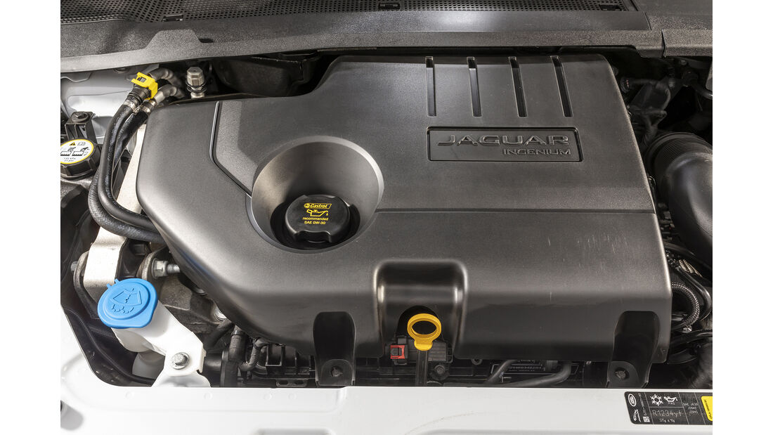 Jaguar E-Pace, Motor