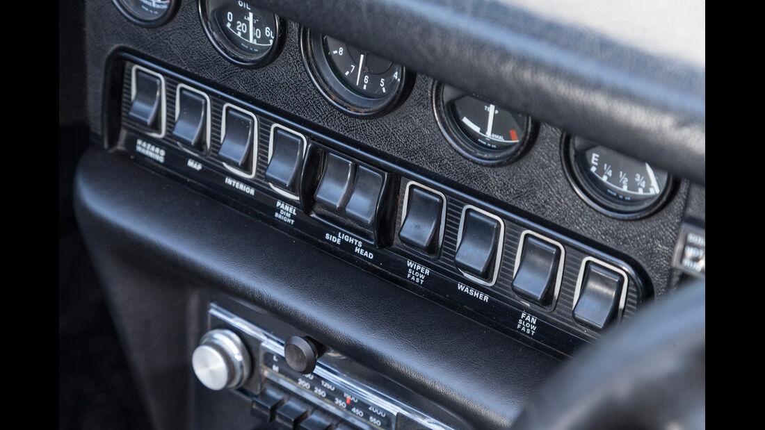 Jaguar E-Type, Bedienelemente