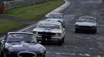 Jaguar E-Type, Ford Mustang und Porsche 911 beim AvD Oldtimer Grand-Prix 2010