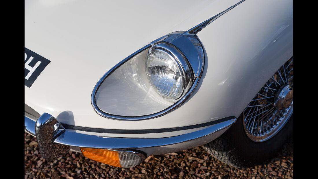 Jaguar E-Type, Frontscheinwerfer