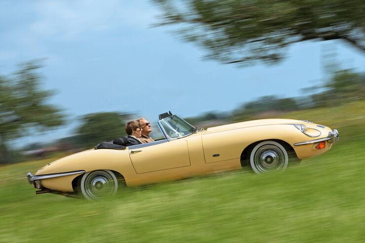 Jaguar E-Type S2, Seitenansicht