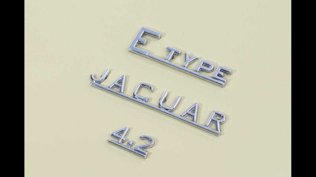 Jaguar E-Type S2, Typenbezeichnung