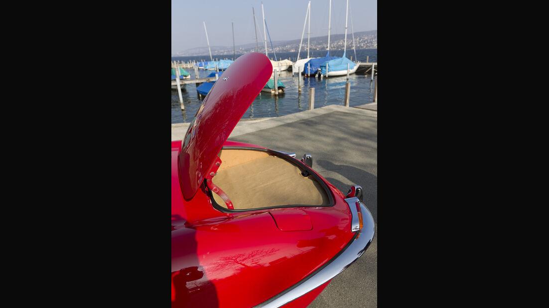 Jaguar E-Type Serie 1, Kofferaum, Kofferraumdeckel