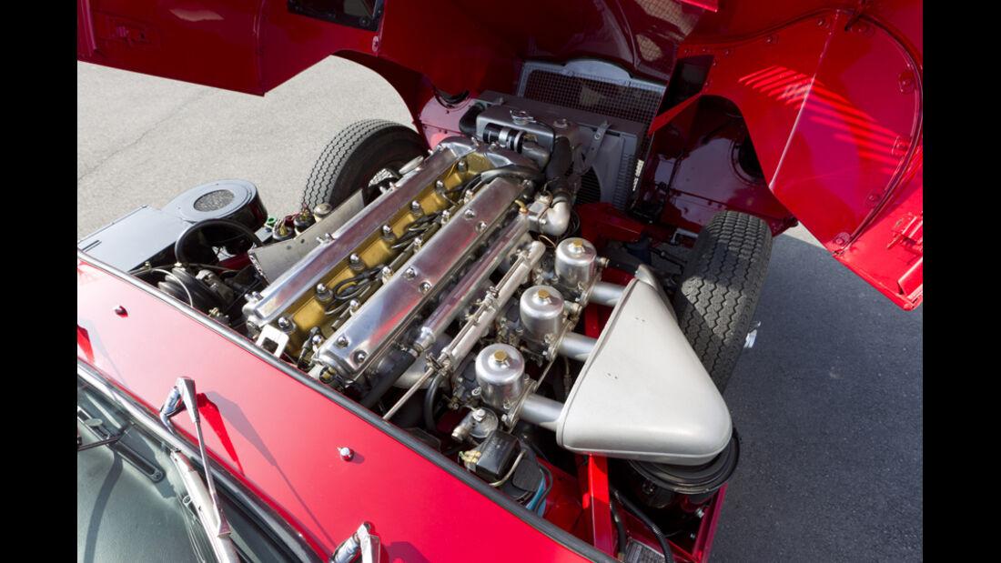Jaguar E-Type Serie 1, Motor, Motorblock