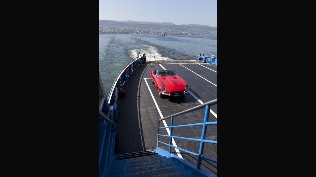 Jaguar E-Type Serie 1, von oben, Fähre, Frontansicht