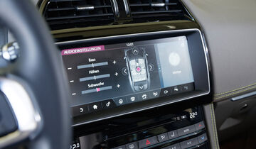 Jaguar F-Pace 30d AWD, Infotainment