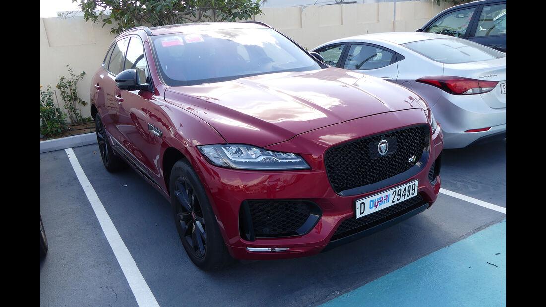 Jaguar F-Pace S - Carspotting - Abu Dhabi 2017