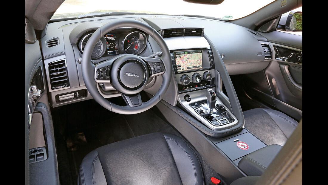 Jaguar F-Type 3.0 V6 Coupé, Cockpit