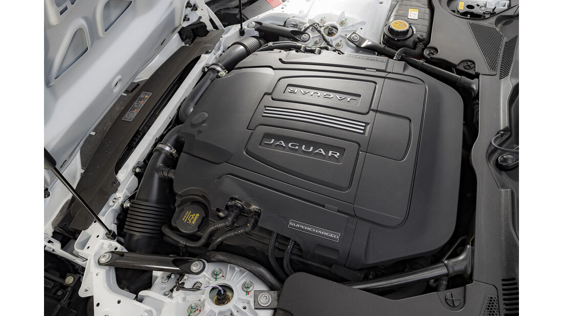 Jaguar F-Type 400 Sport, Motor