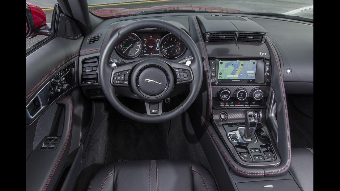 Jaguar F-Type 4x4, ams2015, Cockpit