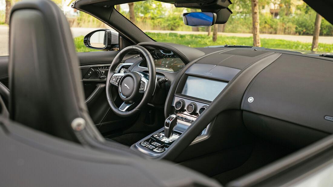 Jaguar F-Type Cabrio P450, Interieur