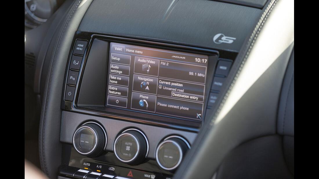 Jaguar F-Type, Display, Navi